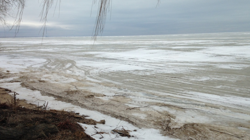 Essex county opp offer tips for snowmobilers and ice for Ice fishing lake st clair