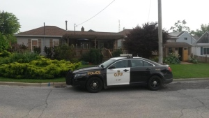 RCMP say a home on Bayview was part of the investigation in Leamington, Ont., on Thursday, July 28, 2016. (Courtesy Alan Antoniuk)